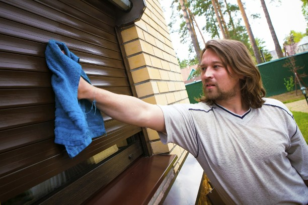 Cleaning Shutters