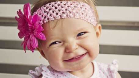 9432-cute-baby-girls-smile-hd-dekstop-backgrounds-wallpaper.jpg