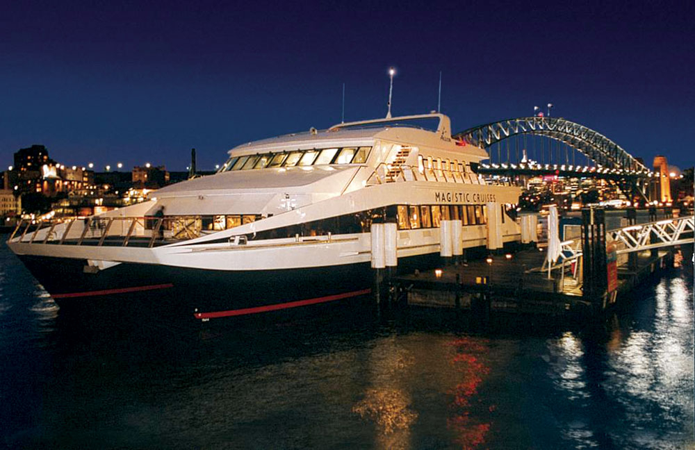 Magistic 2hr Express Dinner Charter Package 01